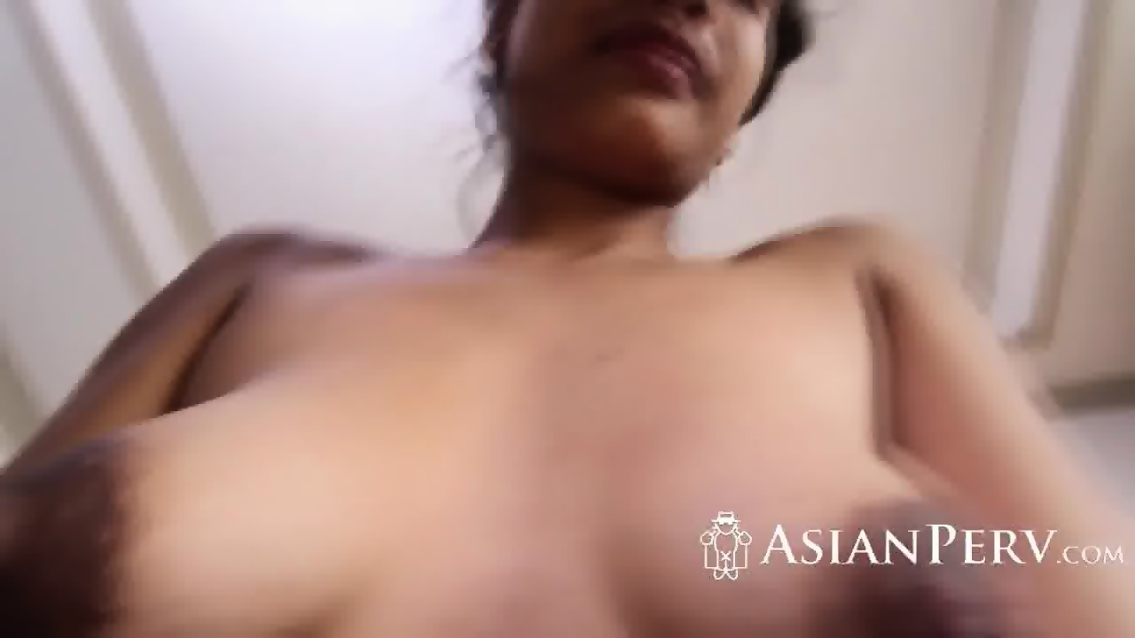 Adolescente tailandés teniendo sexo