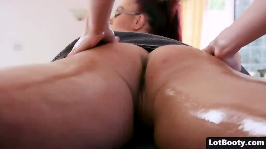 Fat Ass And Huge Tits Cougar Emma Butt Gets Massage Scene 2