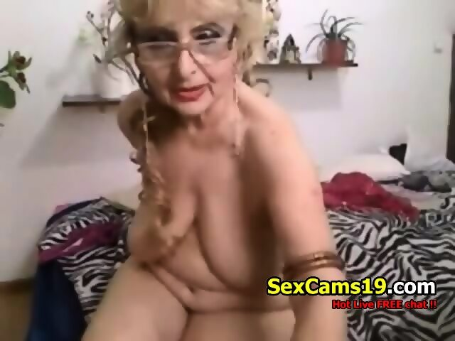 naked grannies on webcam