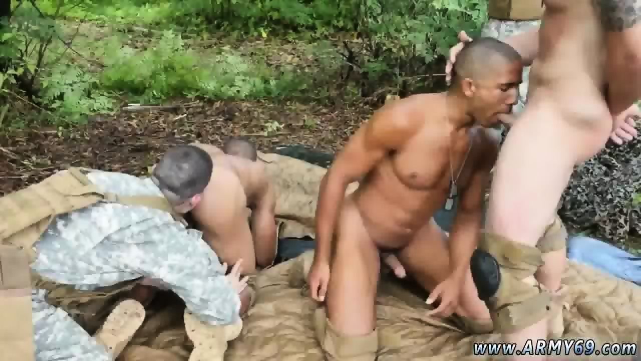 sexy naked military men