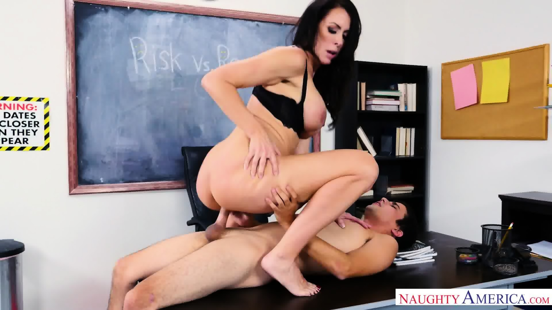 Flash liz vicious spank bound