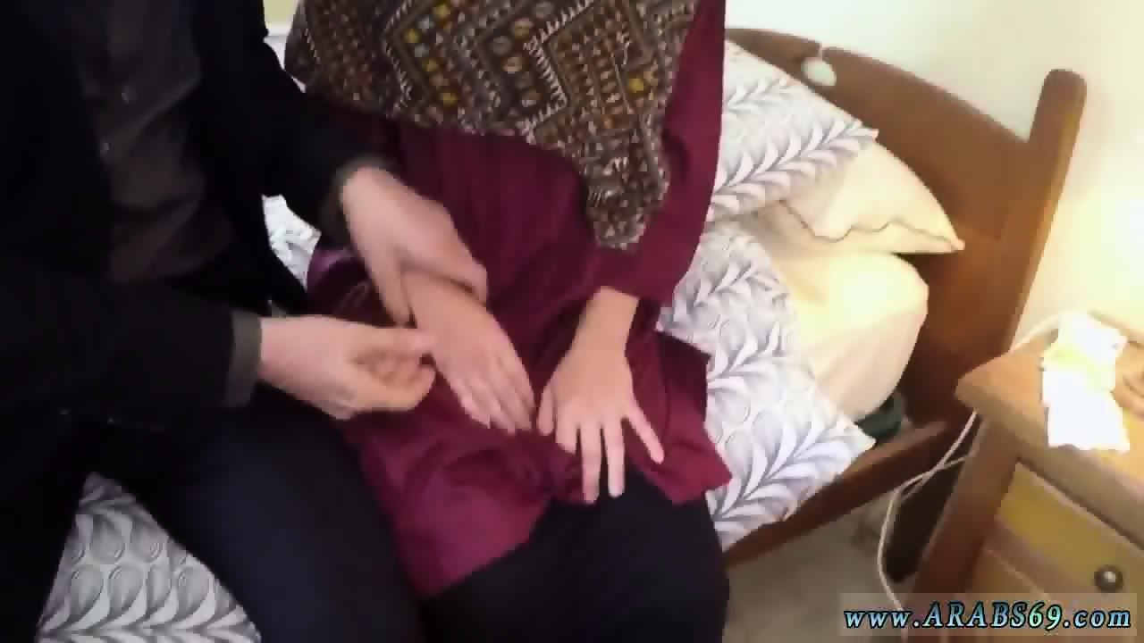 arab anal big ass i give her money to deep-throat my man sausage and