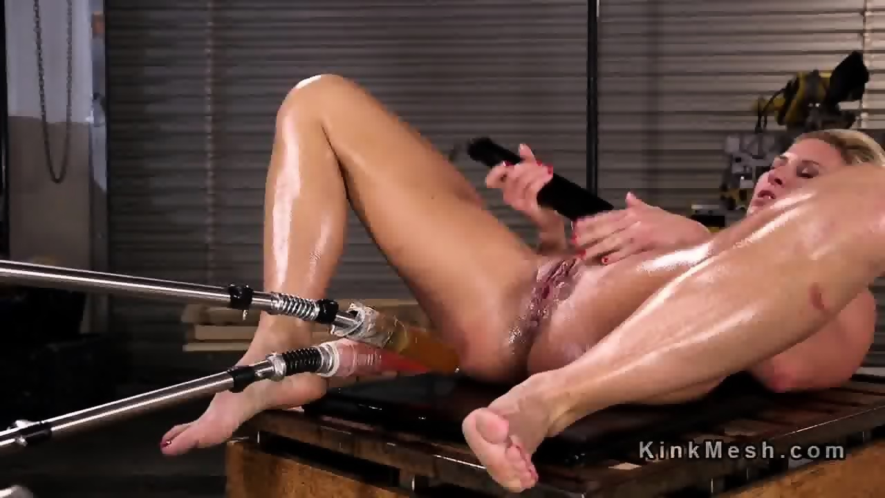 dic-double-penetration-fucking-machines-blonde-restricted-naked