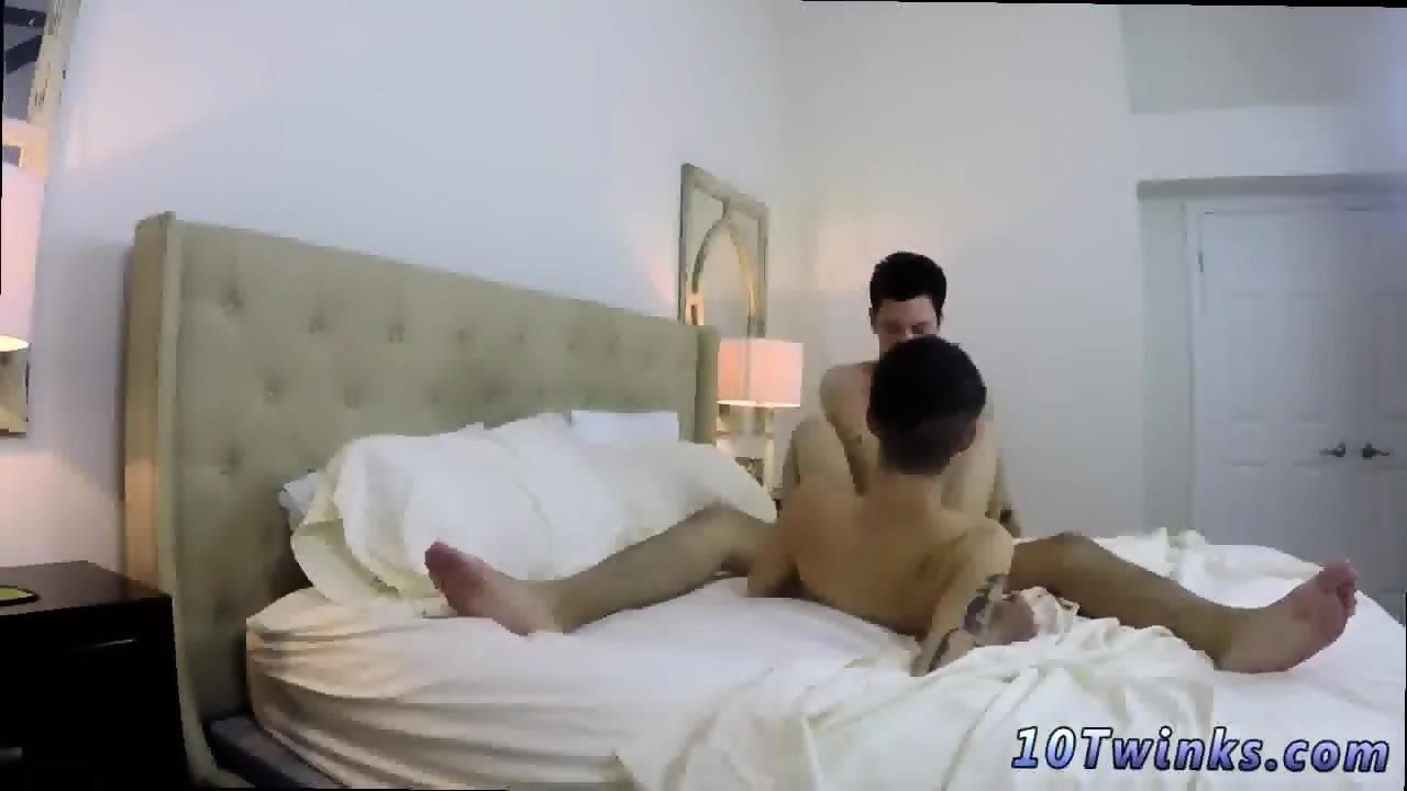 arabian naked self photo