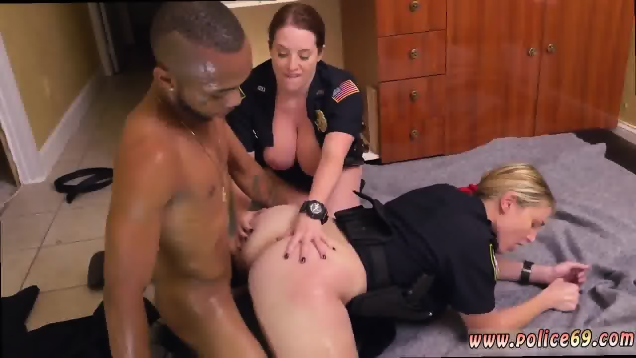 Thug fucks hot white girl hot sexy interracial and white