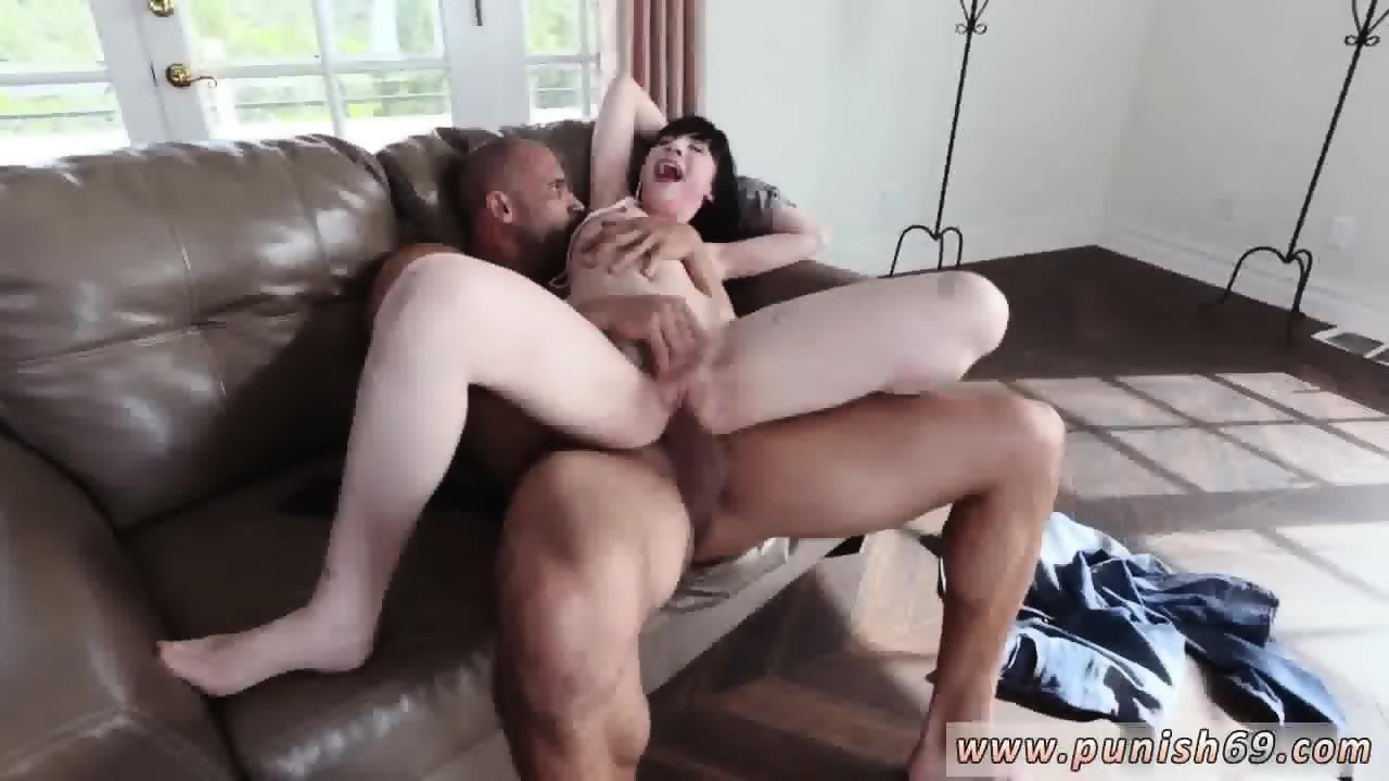 Lily Thai análny sex