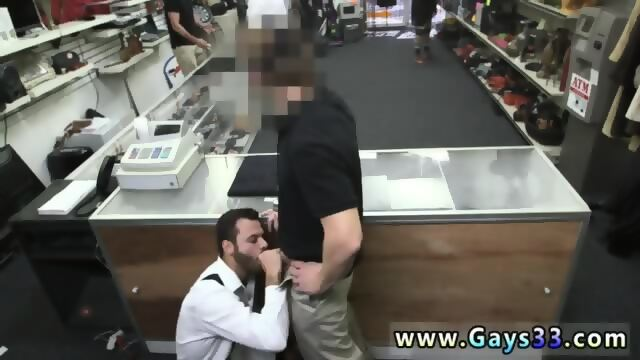 Gay dude sucks on slong while getting rammed