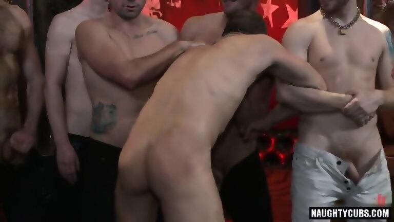 Hot homosexual spanking with facial
