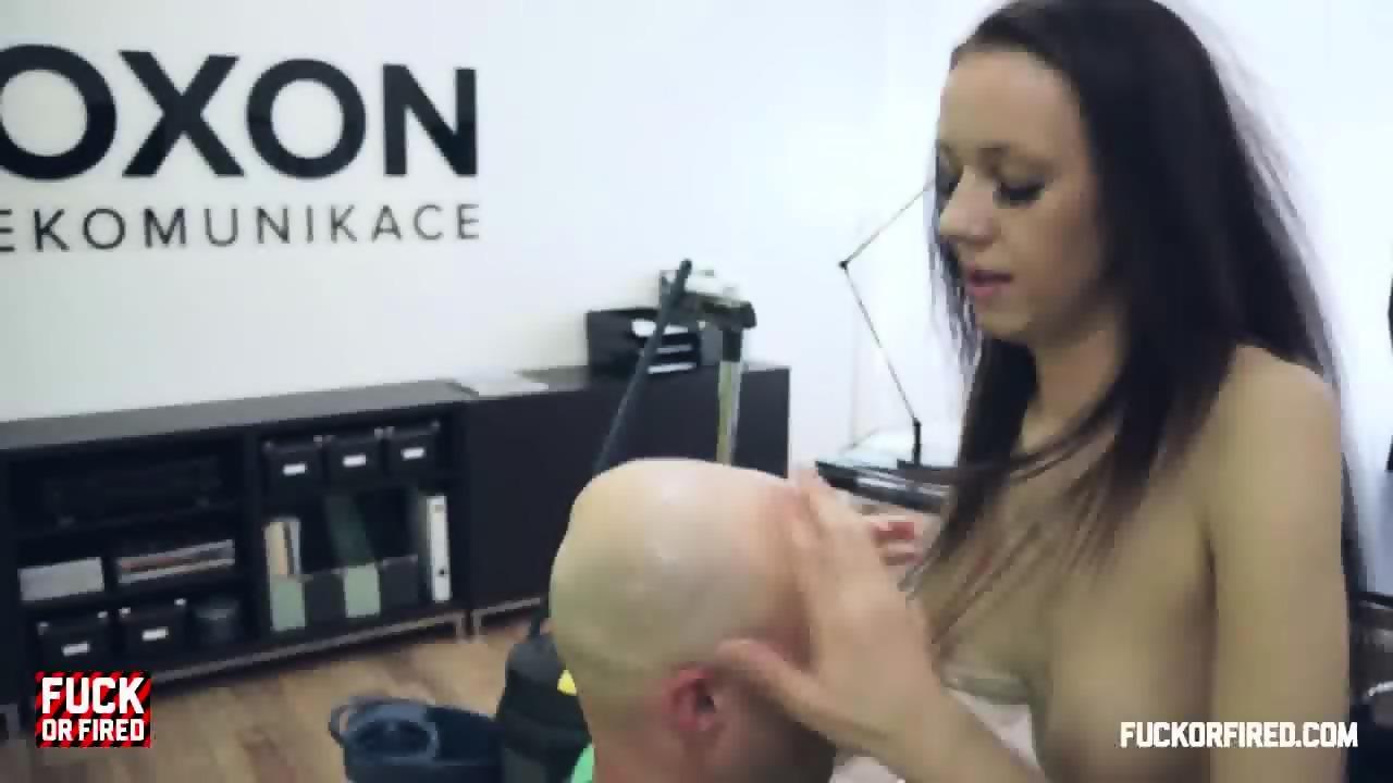 Hardcore Sex In Boss Office - EPORNER