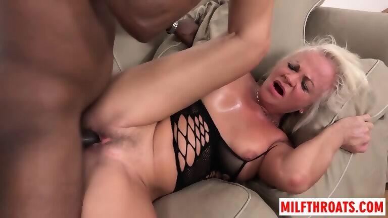 Wont lick my pussy
