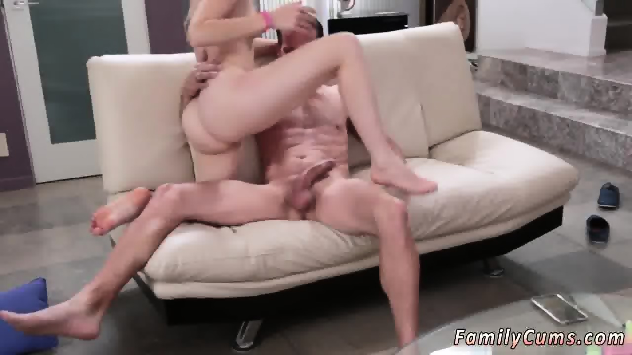 Teen Girls Squirt Together