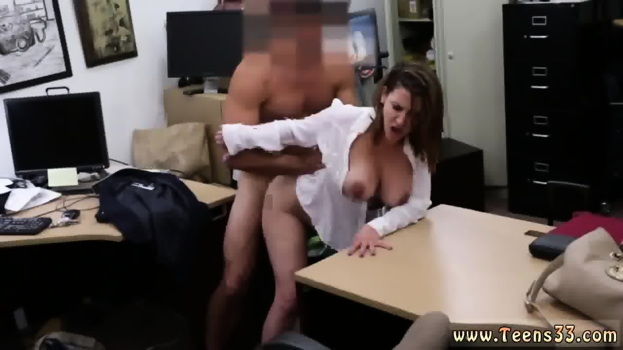 housewife seduced by masseur