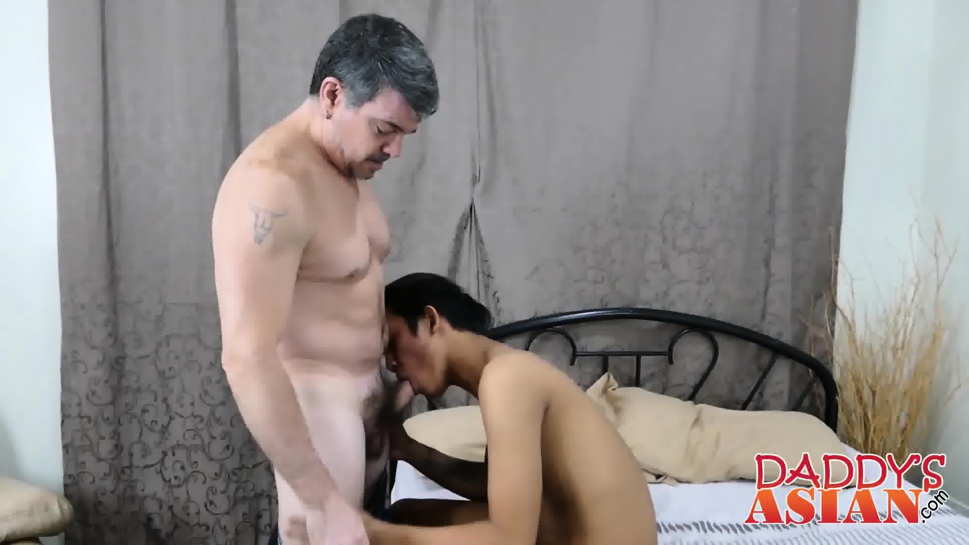 Asian Twink White Daddy