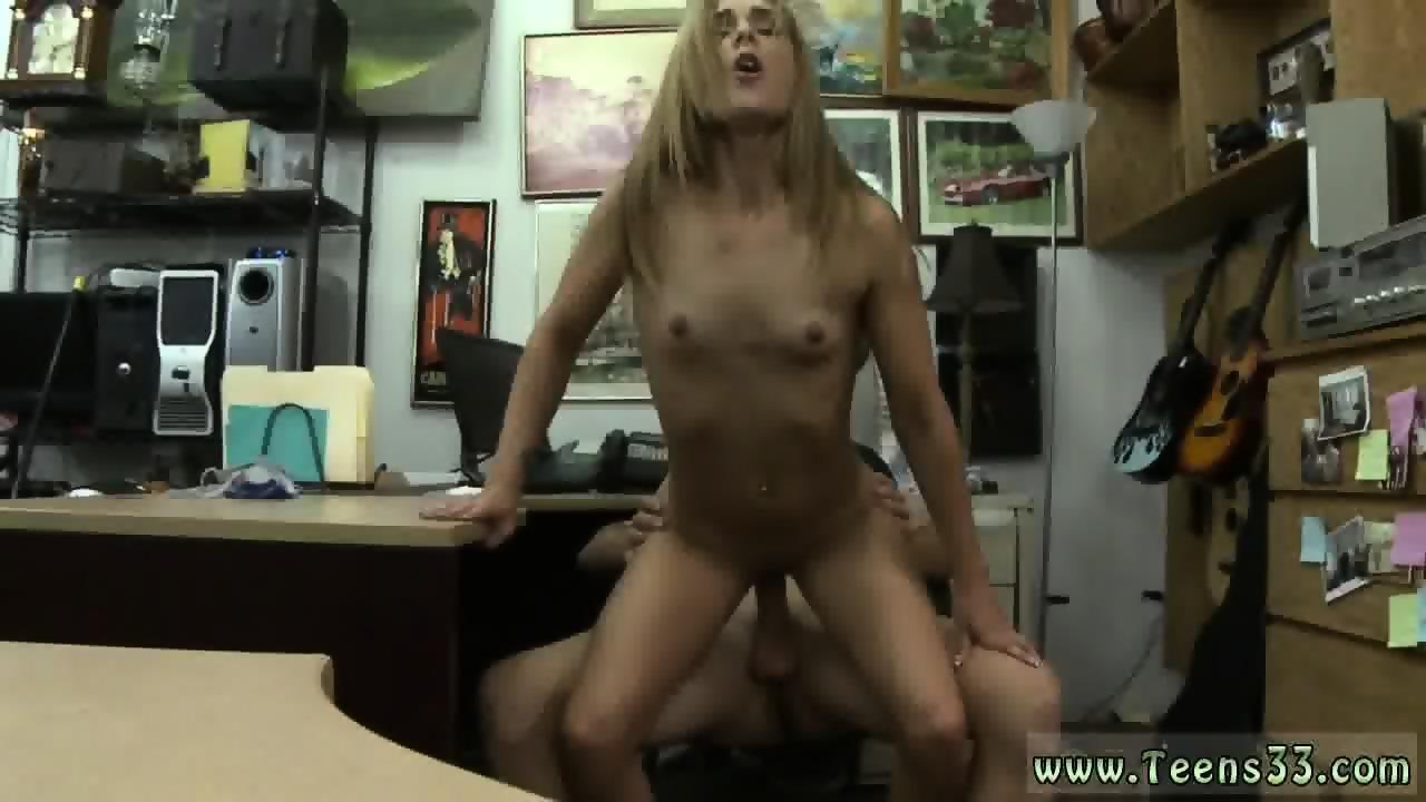 Wife fucking wall dildoe