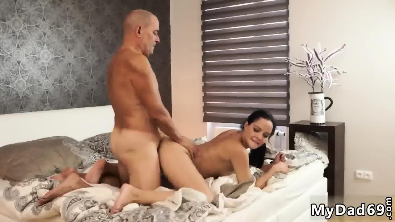 Real Milf Threesome Big Dick