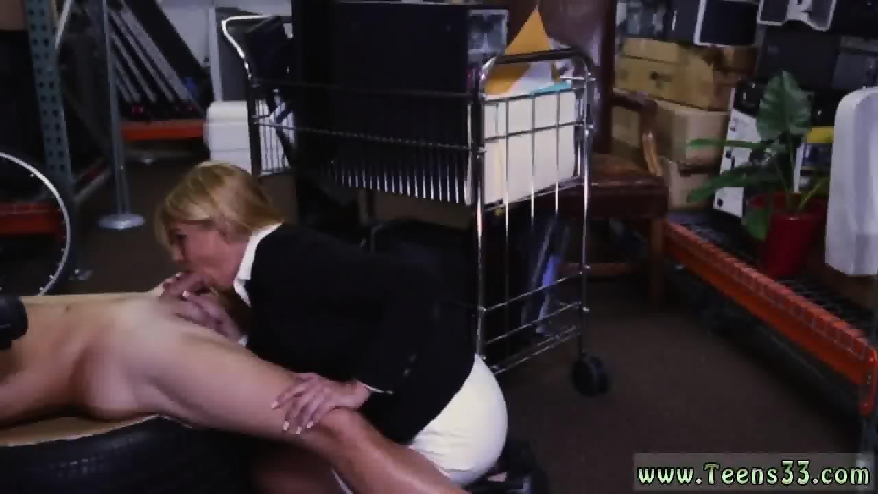 Milf swallows black cum