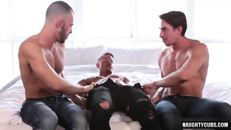 Big Dick Boy Threesome And Facial