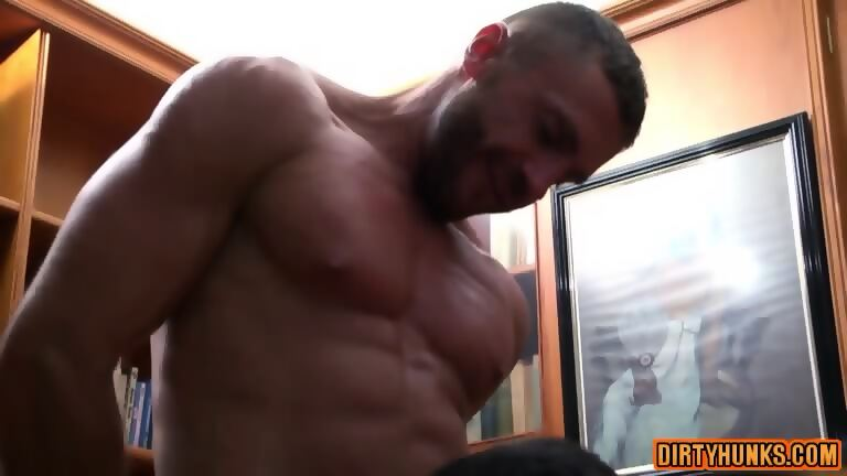 Muscle Boy Fetish With Cumshot