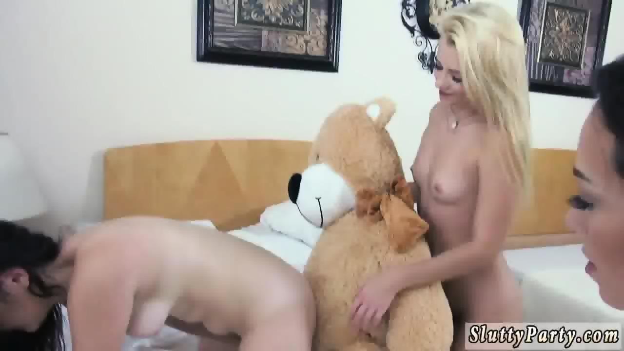 blonde lesbian anal sex