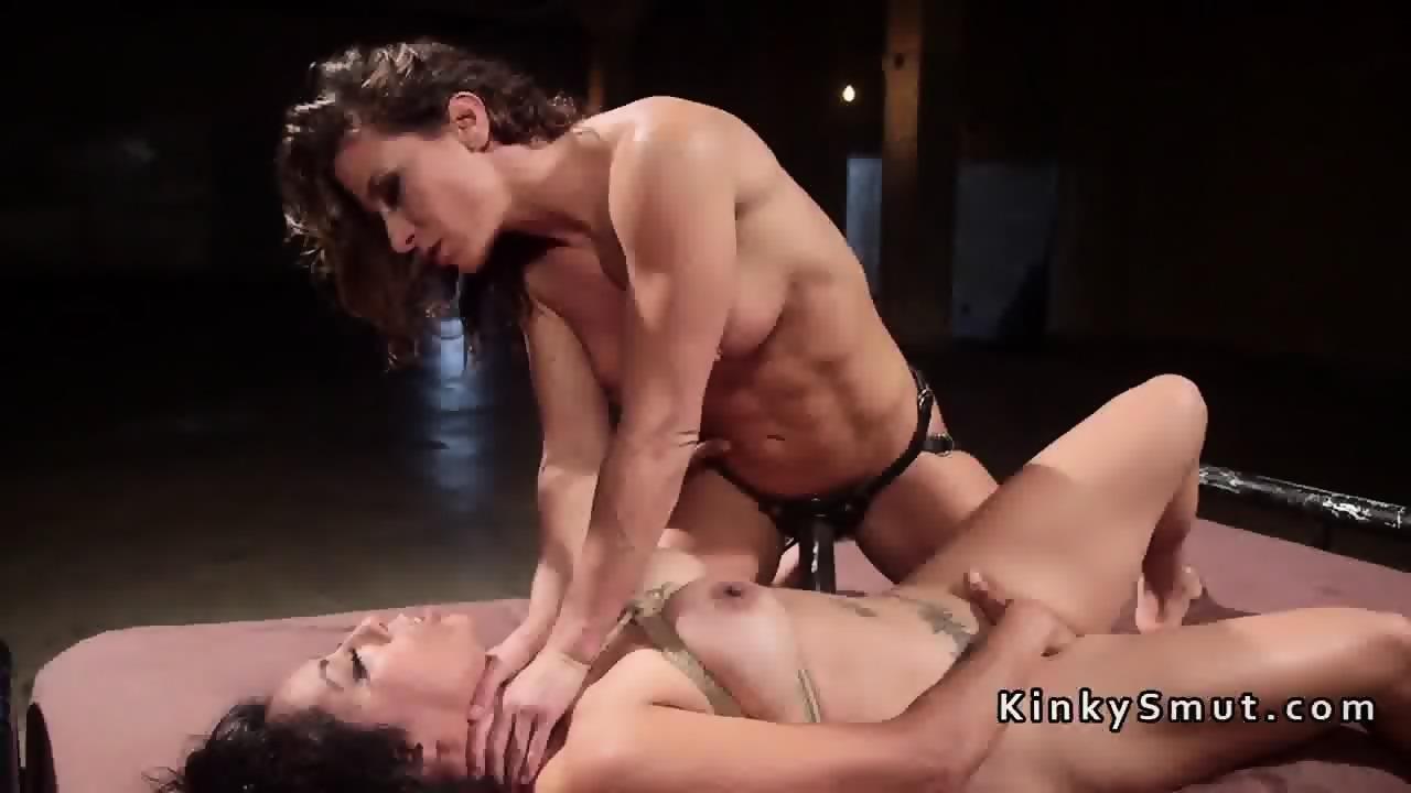 Hardcore Rough Lesbian Strapon