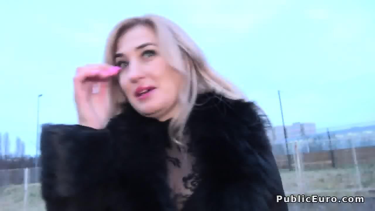 Hot Blonde Public Agent