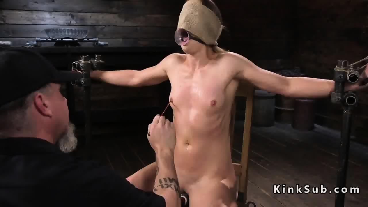 bondage com fold Blind