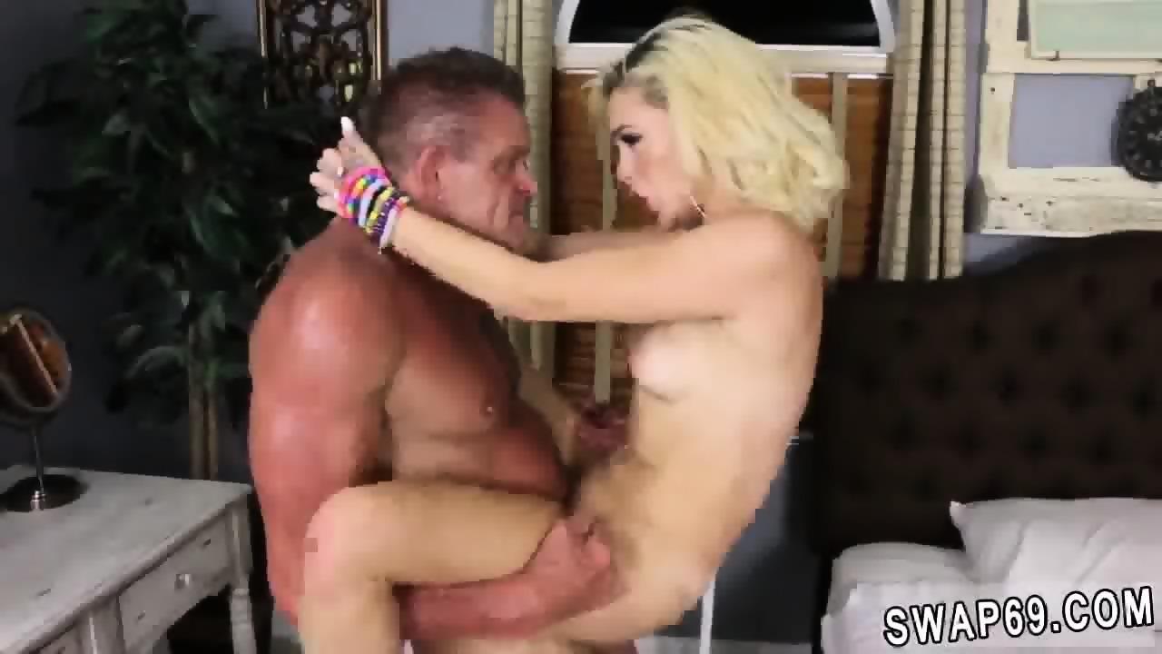 Teen Girls Orgasm Together