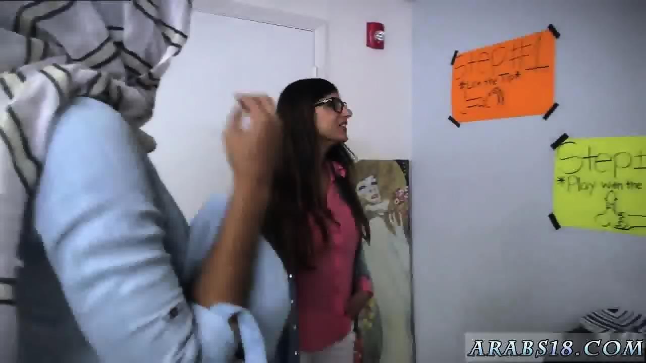 Hairy arab bj lessons with mia khalifa