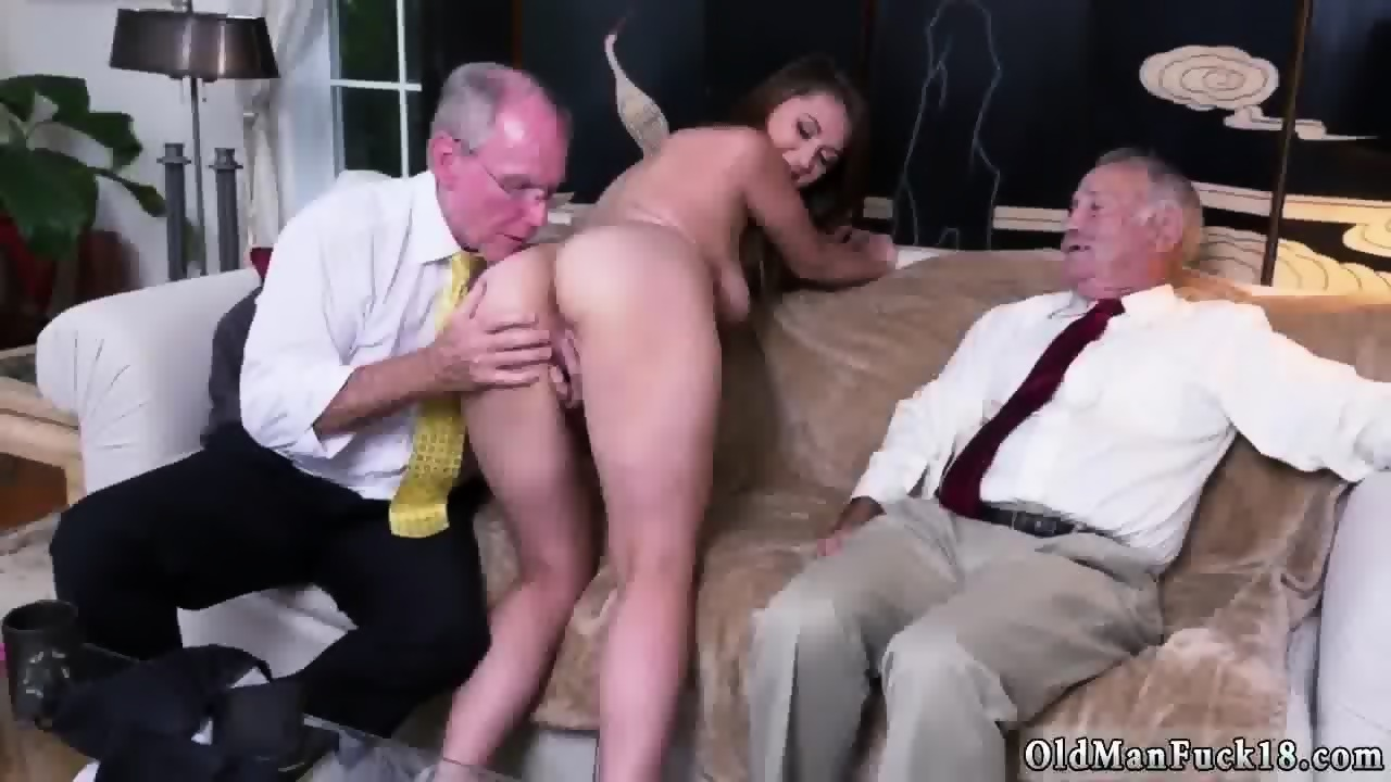 Homemade porn wife bucket