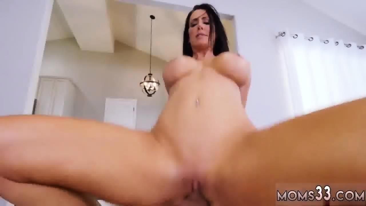 Juicy milf anal