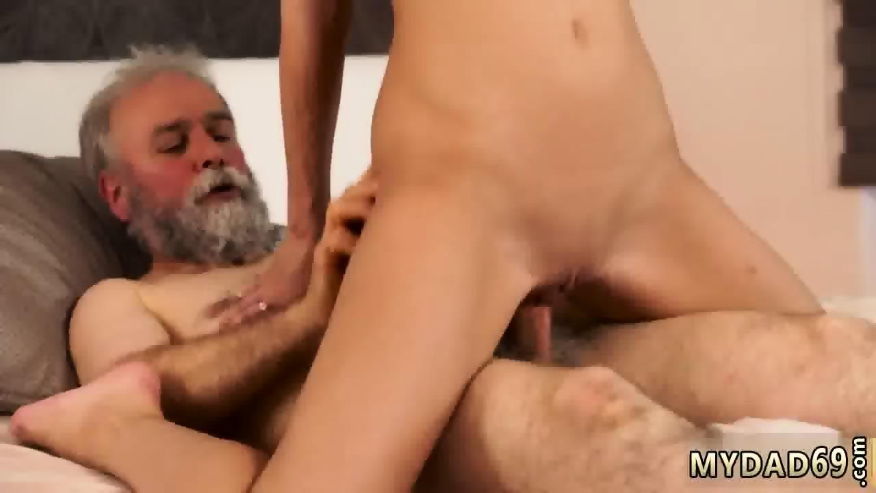 Wemon having sex with ponys