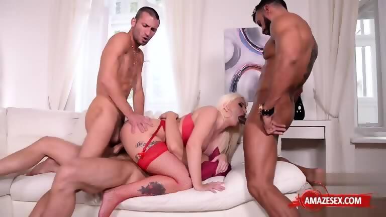 Double penetration big tit pornstar