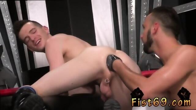 Naked men with big bulge foto 891