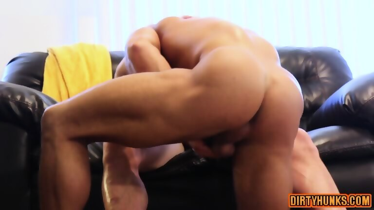 Muscle Son Hardcore With Cumshot