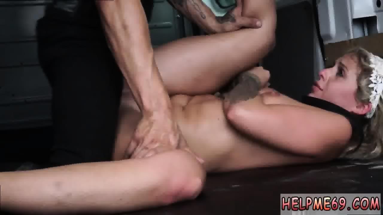 girl lick feet