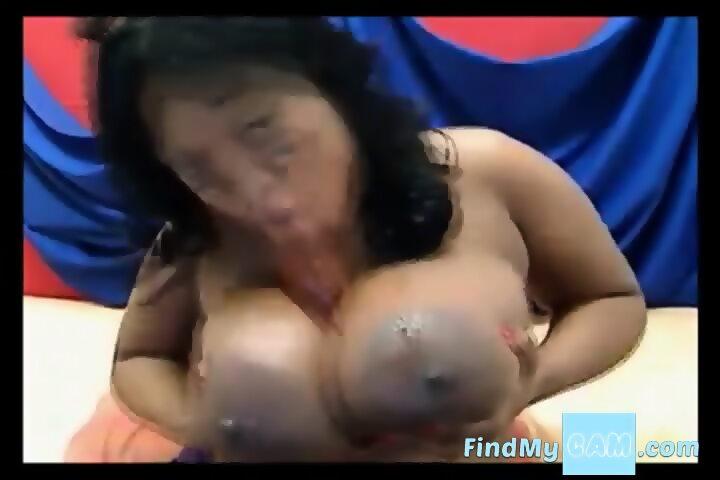 Ebony Bbw Sucking Dildo
