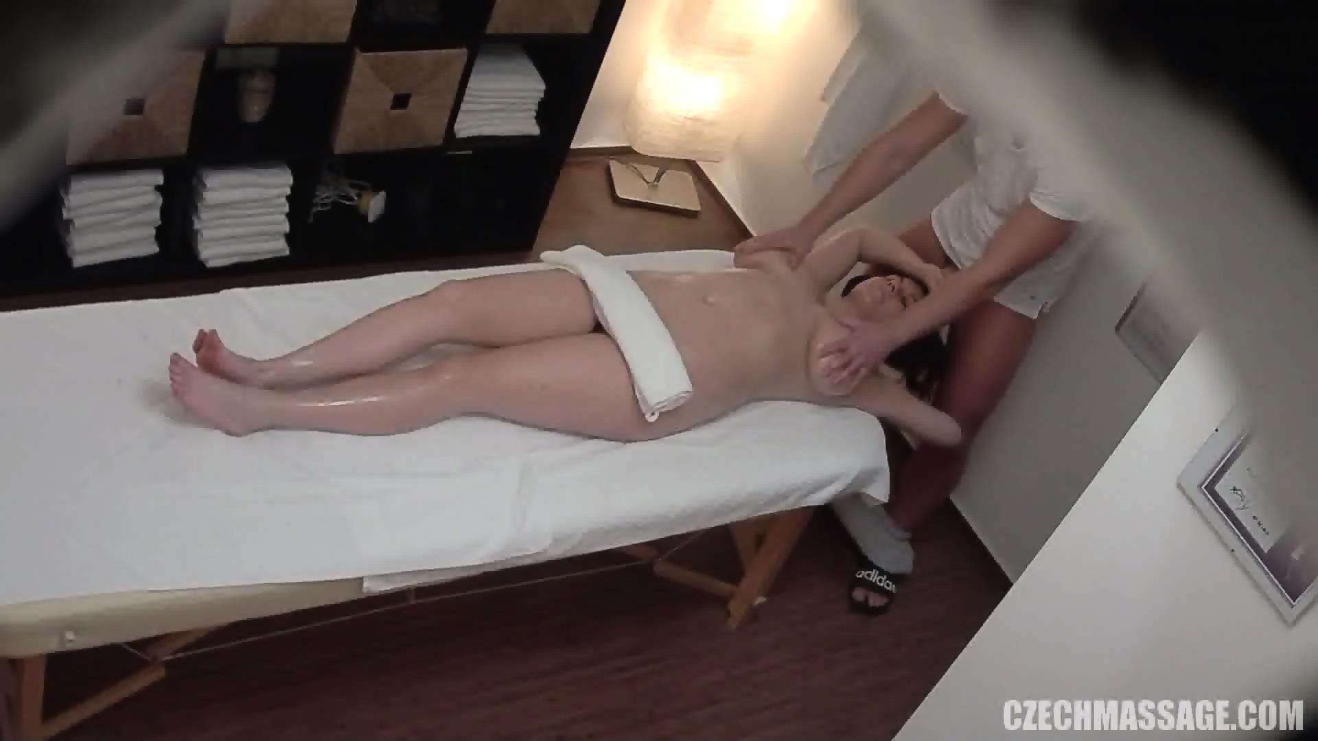 Czech Massage 393