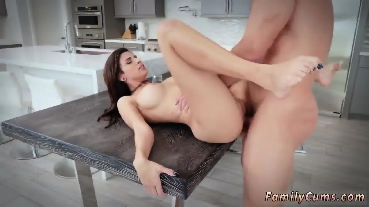 Cheating Wife Wants Creampie