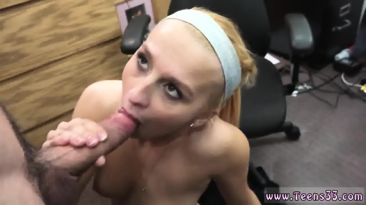 Teen Sloppy Blowjob Cum Play