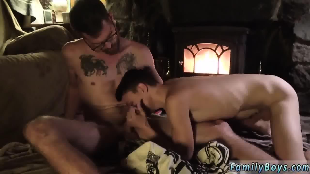 Amateur stepdad gaysex pee