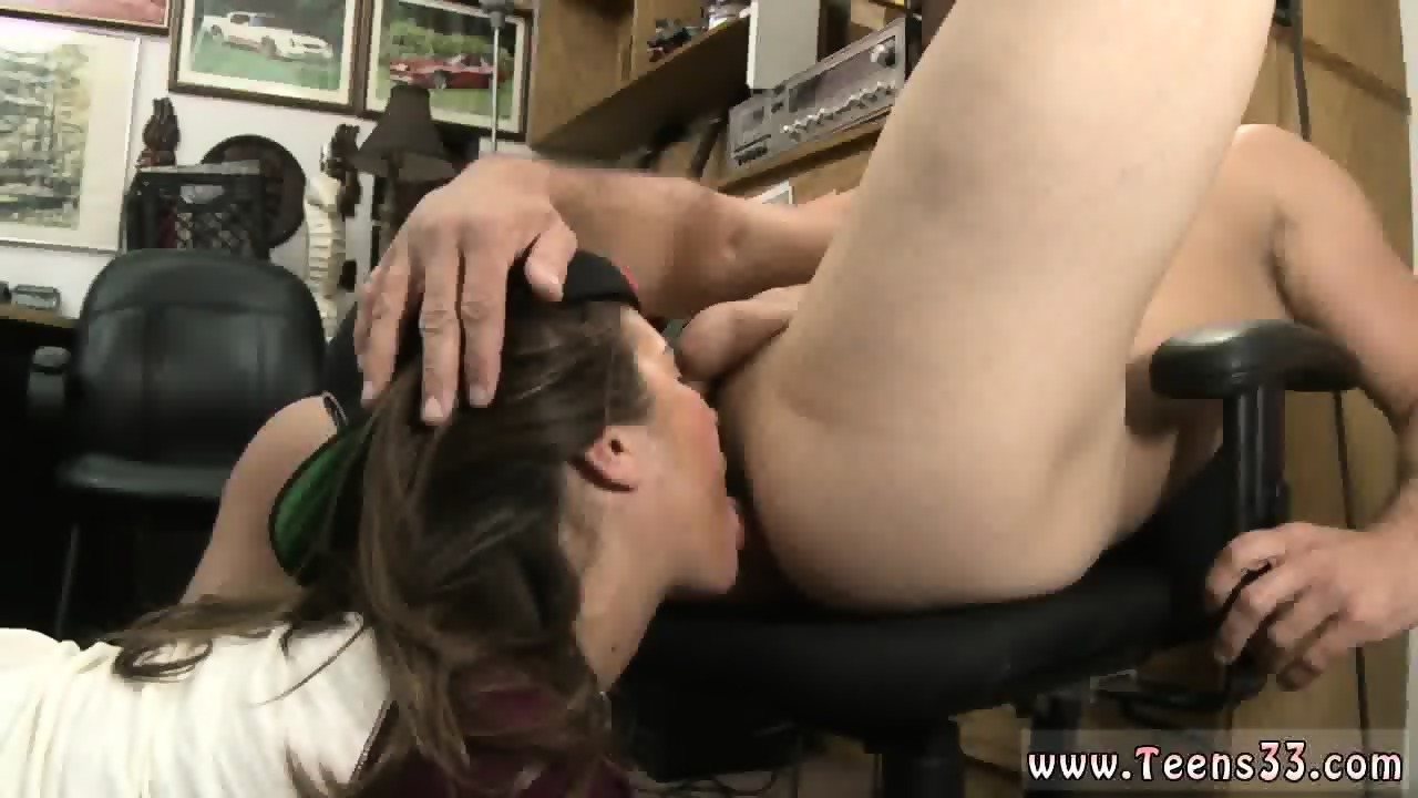 Young Amateur Teen Threesome