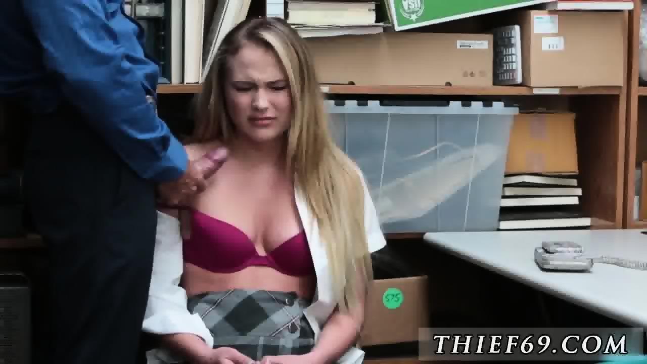 Elizabeth starr gets fucked and creampie