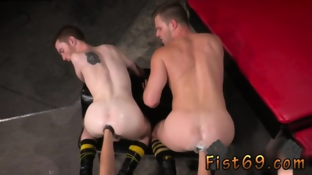 Porno gay fisting anale