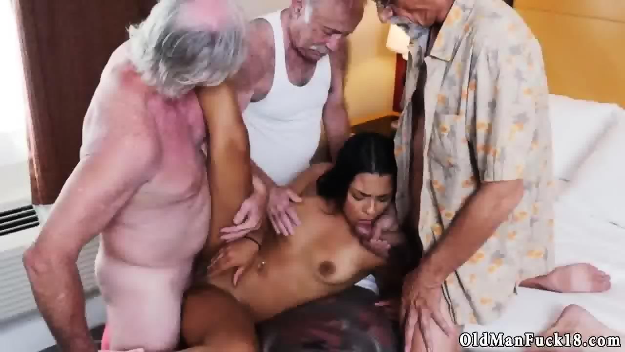 cara nude road rule zavaleta