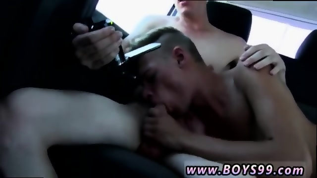 Solo gay gets his own cum