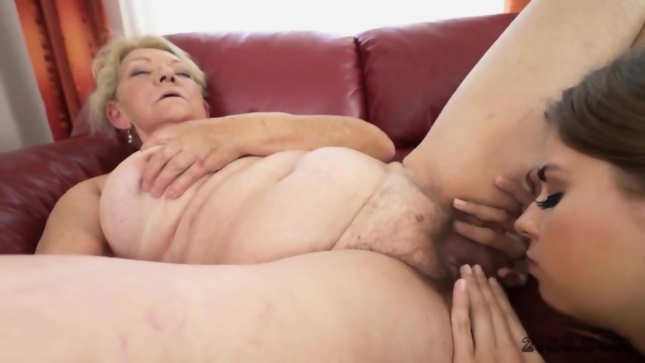 Knallharte Blonde Lesben In Aktion