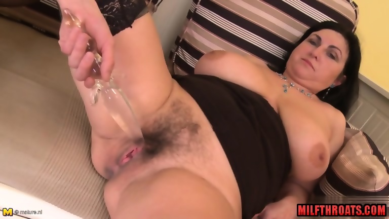 Images - Mature blowjob and cum