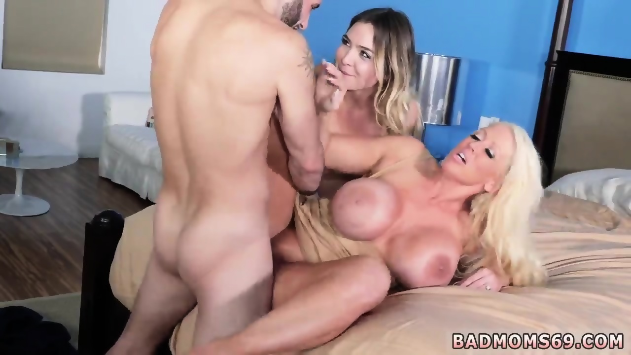 God milf kiss moms girls