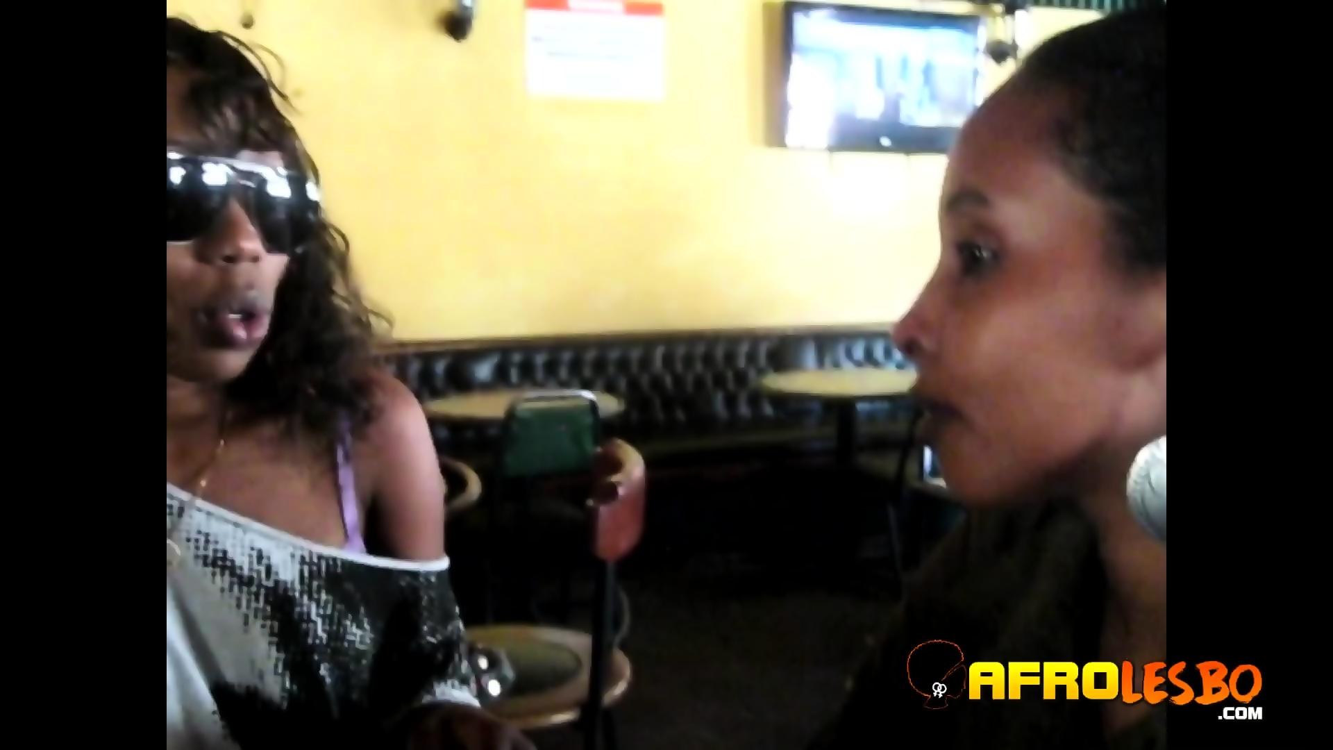 Black pussy lesbians videos