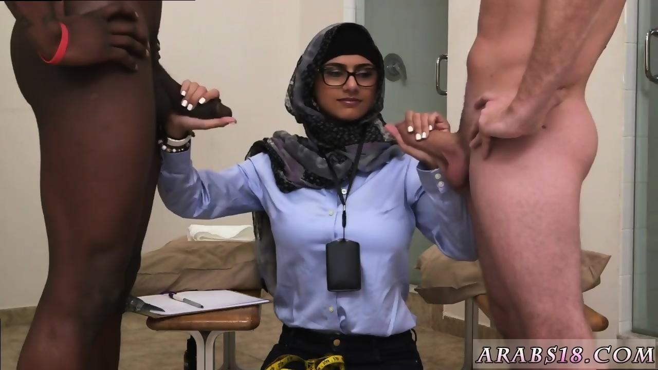 Stud enjoys an ass pounding